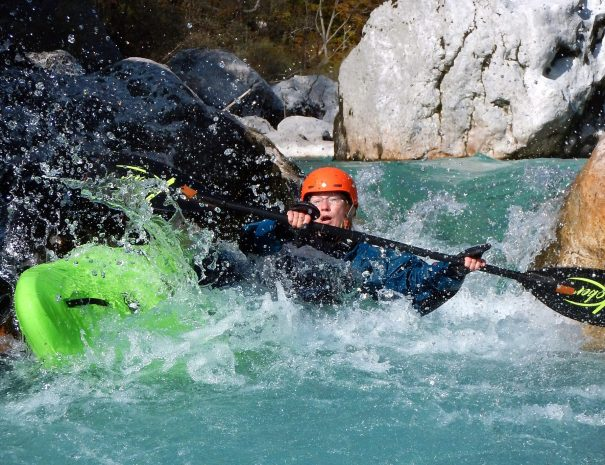 kayak roll is useful on soča river class IV