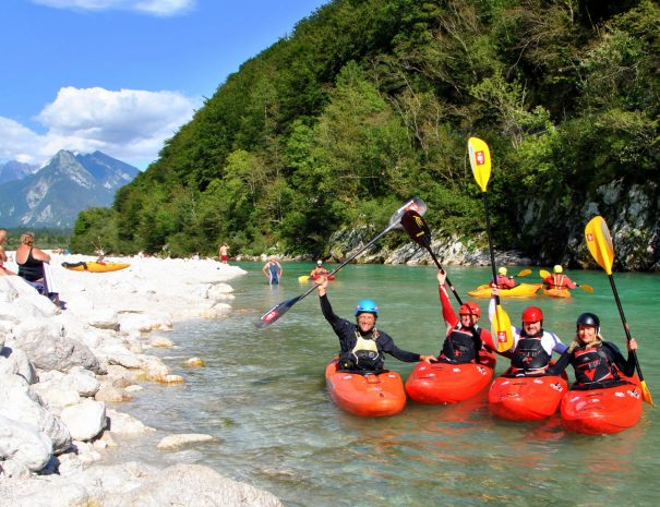 beginner easy kayaking school soca river slovenia bovec