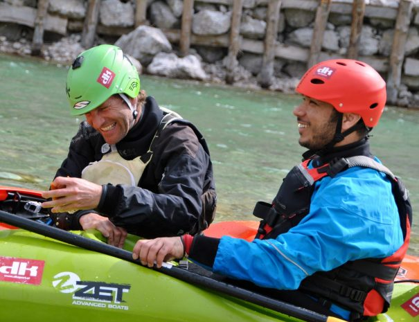 kayak_school_adventure_bovec.jpg