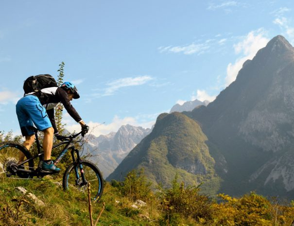 go on guided mtb tour in bovec to get the best soča valley views